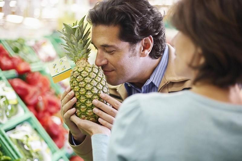 как выбрать сочный ананас
